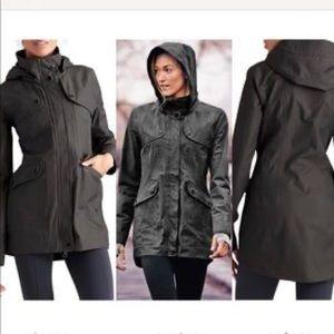 ATHLETA overcast rain coat hooded jacket xxs NEW